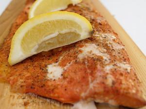 Smoked Salmon on Ceder Plank_4128359