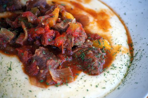 Cajun Beef with Cheese Grits